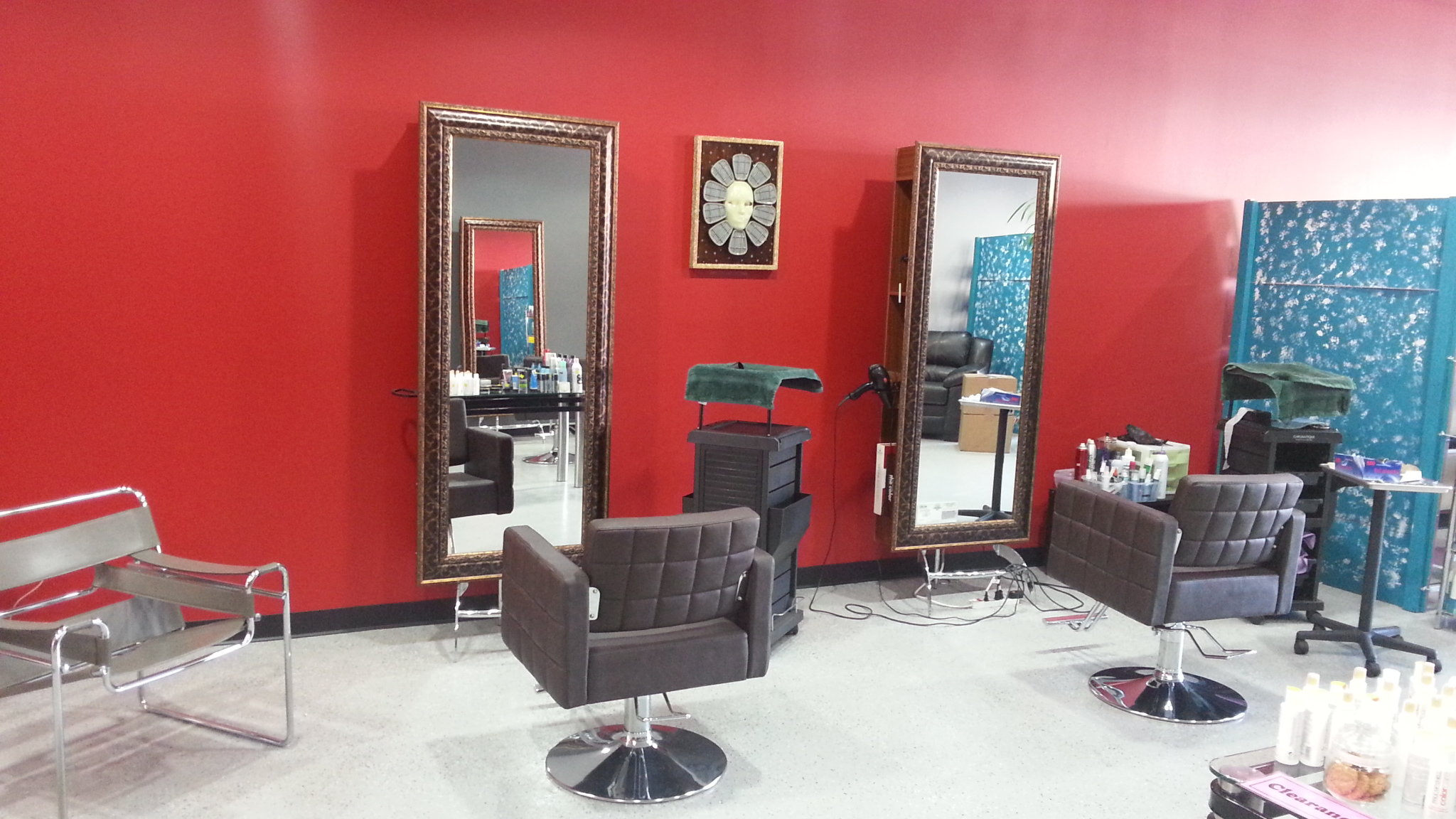 The W Salon West Hollywood – Looking good, Feeling good, Living better!
